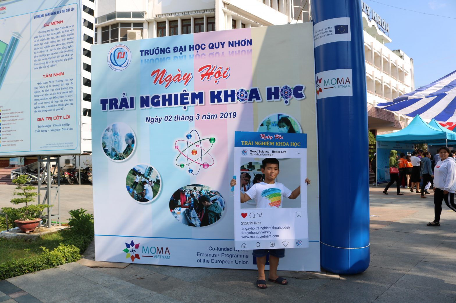 Video of the Science Experience Day at Quy Nhon University 2nd March 2019.